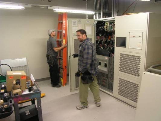 Introduction to UPS or Uninterruptible Power Supply